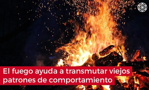 Firewalking caminar descalzo sobre fuego: El poder del fuego transmutando energias